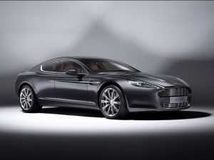 Aston-Martin-Rapide-Luxe-Side