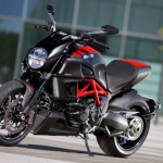 Ducati-Diavel-Carbon
