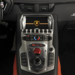 Lamborghini-Aventador-LP700-4-Center-Console