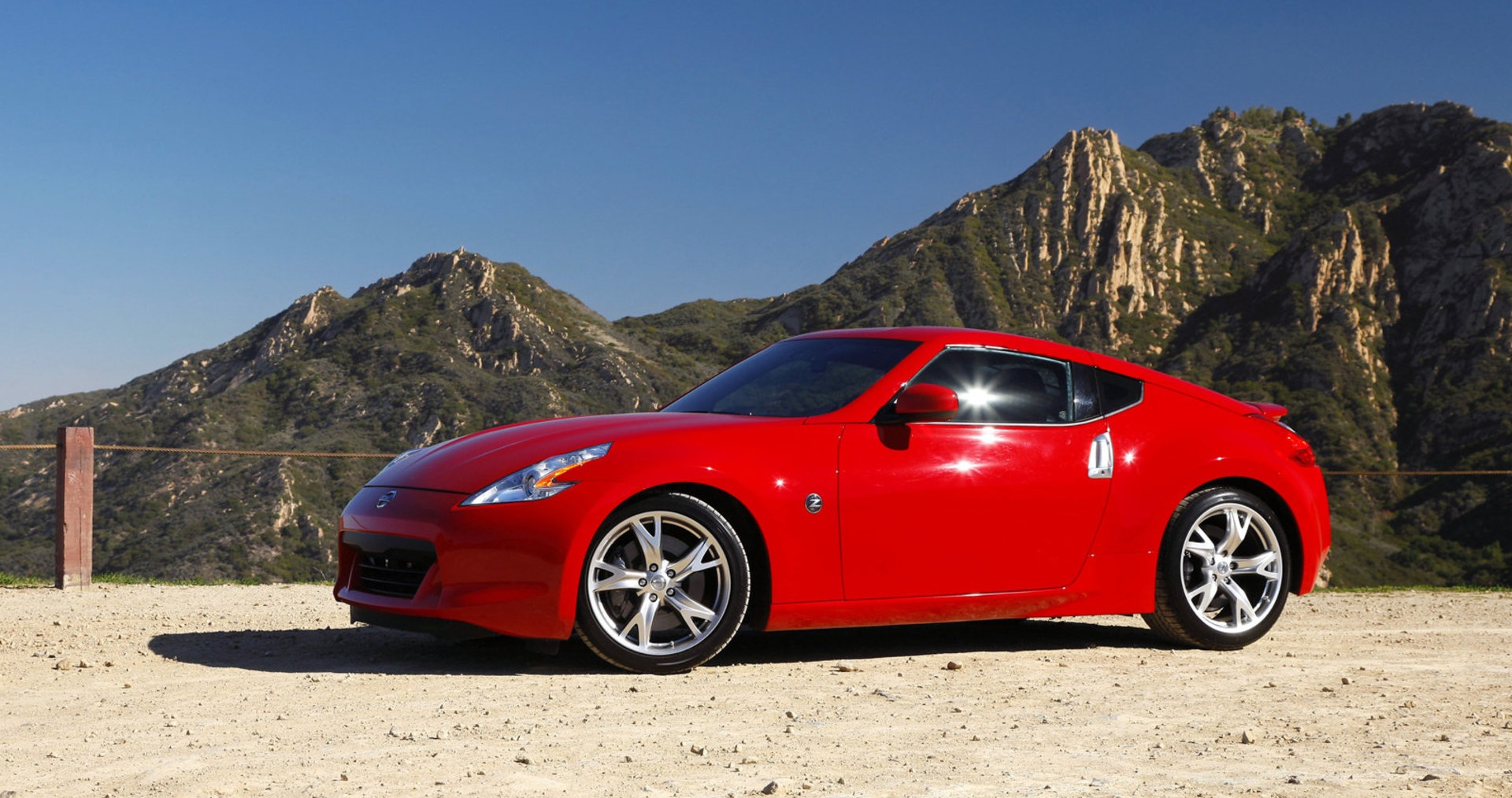 Nissan March Tuning >> Nissan 370Z - The Affordable Sports Car