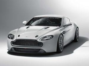 2011-Aston-Martin-GT4