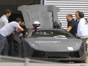 2012-Lamborghini-Aventador-Front-Spy-Picture