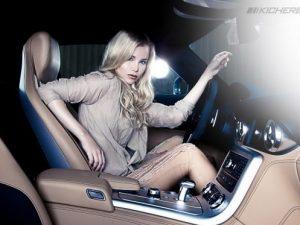 Hot-Blonde-In-Mercedes-Benz-SLS-AMG