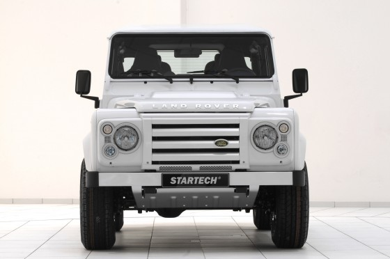 Startech-Land-Rover-Defender-Yachting-Front