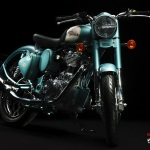 Royal-Enfield-Classic-500-Motorcycle-Blue-Front