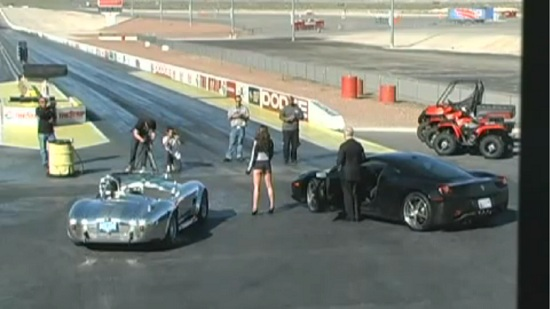 Shelby-Cobra-vs-Ferrari-458-Italia