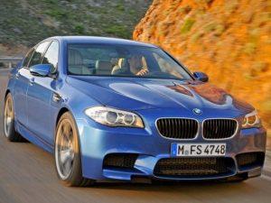 2012-BMW-M5-F10-Blue