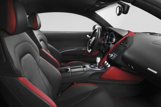Limited-Edition-Audi-R8-Le-Mans-Interior