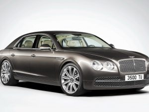 2014 Bentley Flying Spur front three quarters
