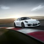 2014 Porsche 911 GT3 at track