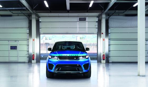 Range_Rover_Sport_SVR_2